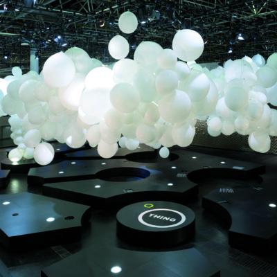 Ballonwolke aus Riesenlatexballons-Duesseldorf