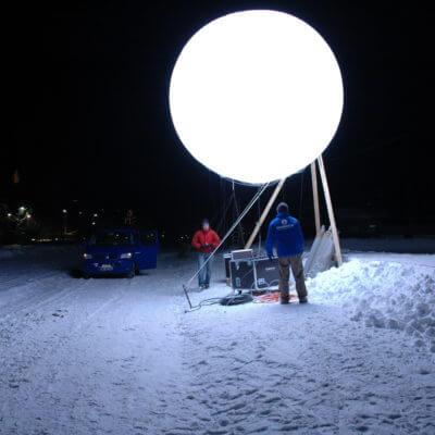 Leuchtballon zu ausleuchten grosser Flaechen